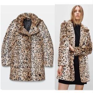 Aritzia Talula Beckledge faux leopard fur coat S